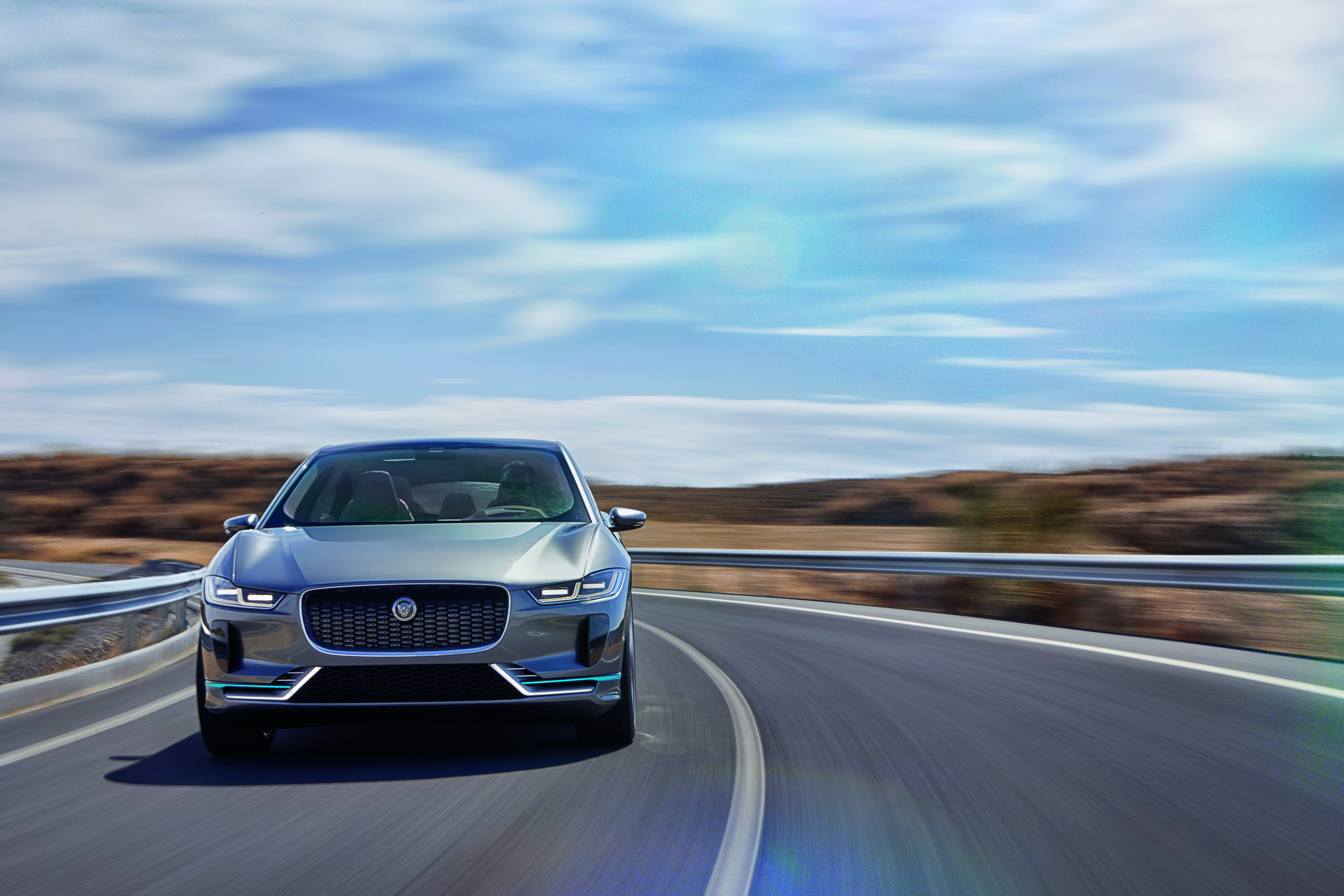 JAGUAR_I-PACE_CONCEPT_Location_11