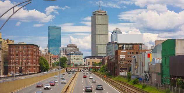 roadway into the city of Boston